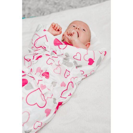 Klasická šnurovacia zavinovačka New Baby ružové srdiečka