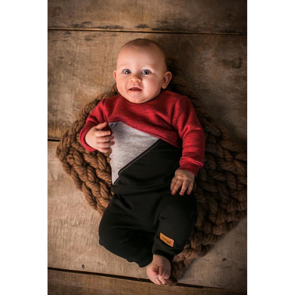 Dojčenské tepláčky a mikinka Koala Triangels čierno-červená